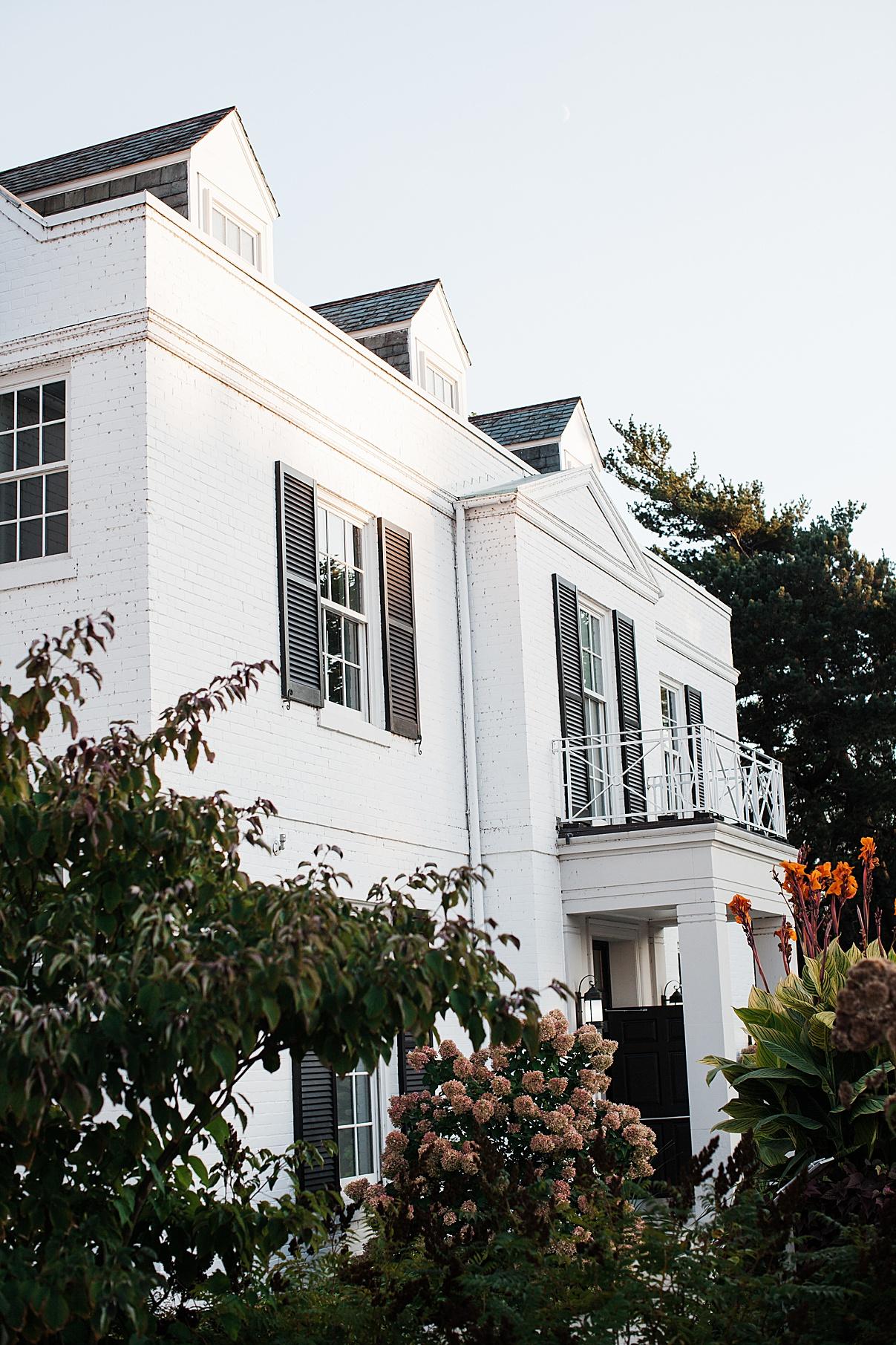 Estate mansion| Harding Waterfront Estate Wedding| Ontario wedding photographer| Toronto wedding photographer| 3 Photography | 3photography.ca