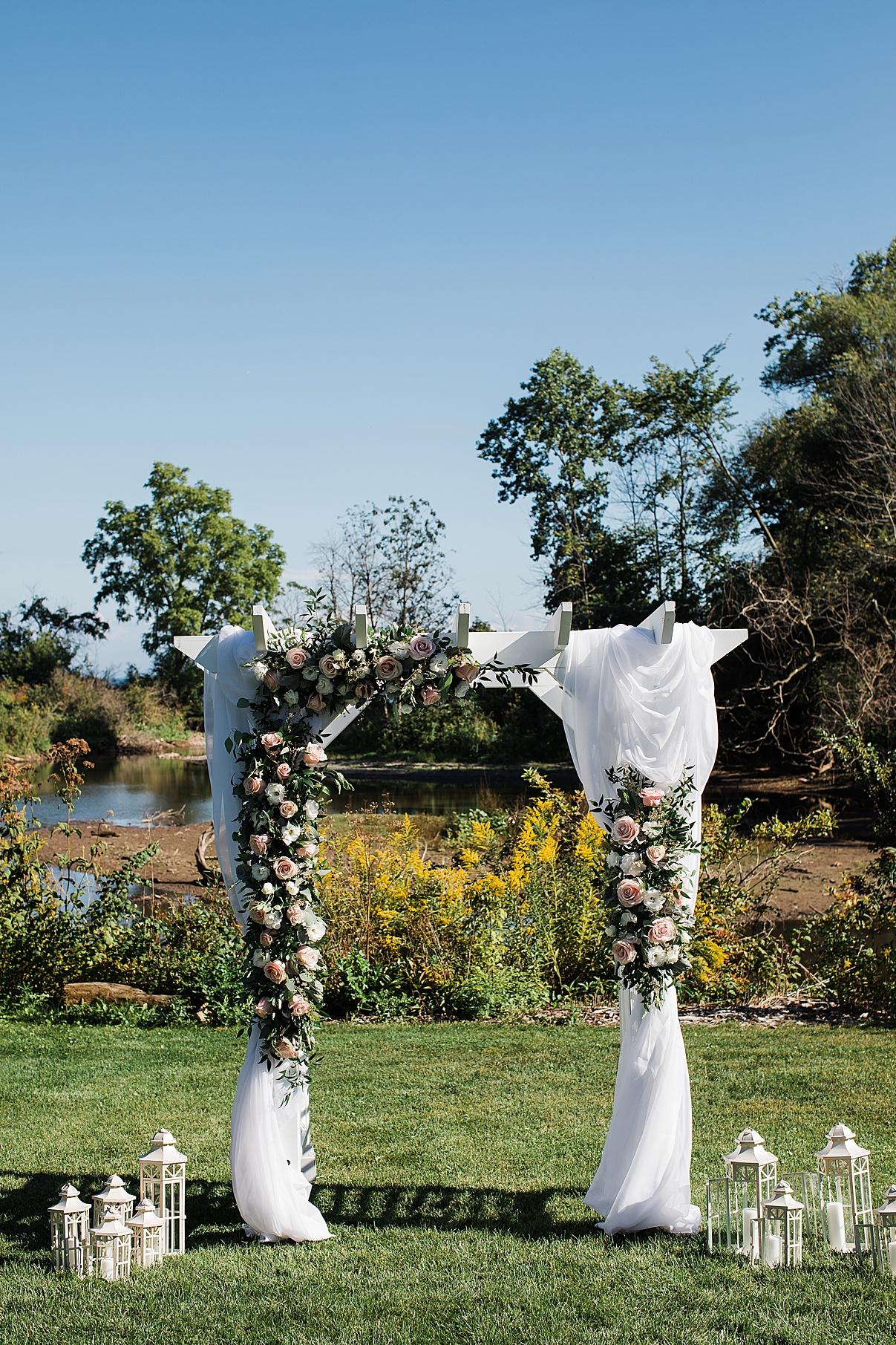 Floral wedding arch| Harding Waterfront Estate Wedding| Ontario wedding photographer| Toronto wedding photographer| 3 Photography | 3photography.ca