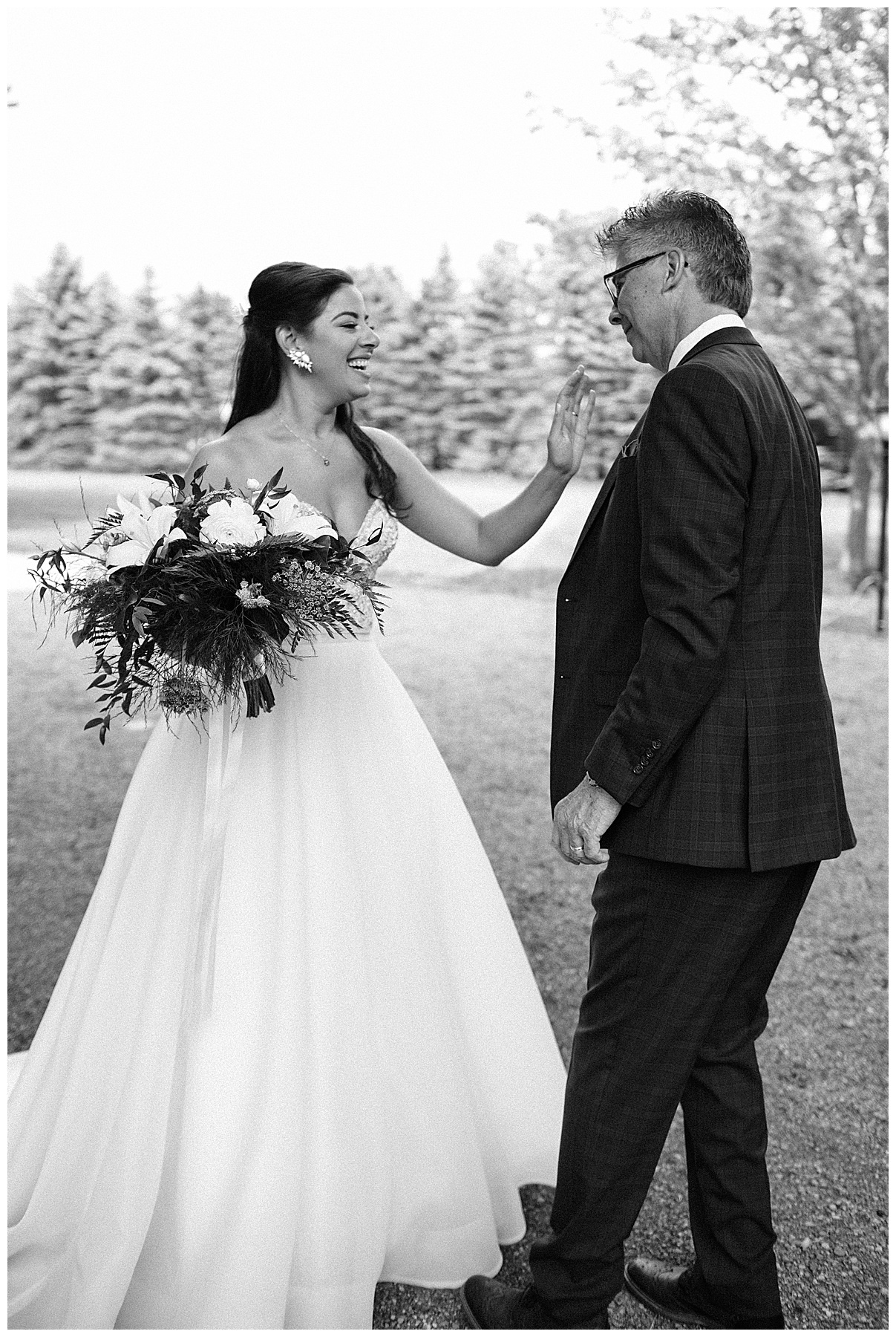 Black and white shot of bride greeting father| Belcroft Estate Wedding| Toronto wedding photographer| Ontario wedding photographer| 3photography
