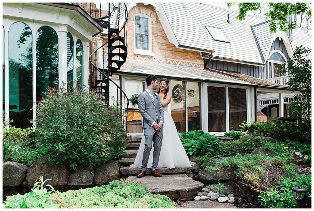 Groom turns to see bride for first time| first look| Belcroft Estate Wedding| Toronto wedding photographer| Ontario wedding photographer| 3photography