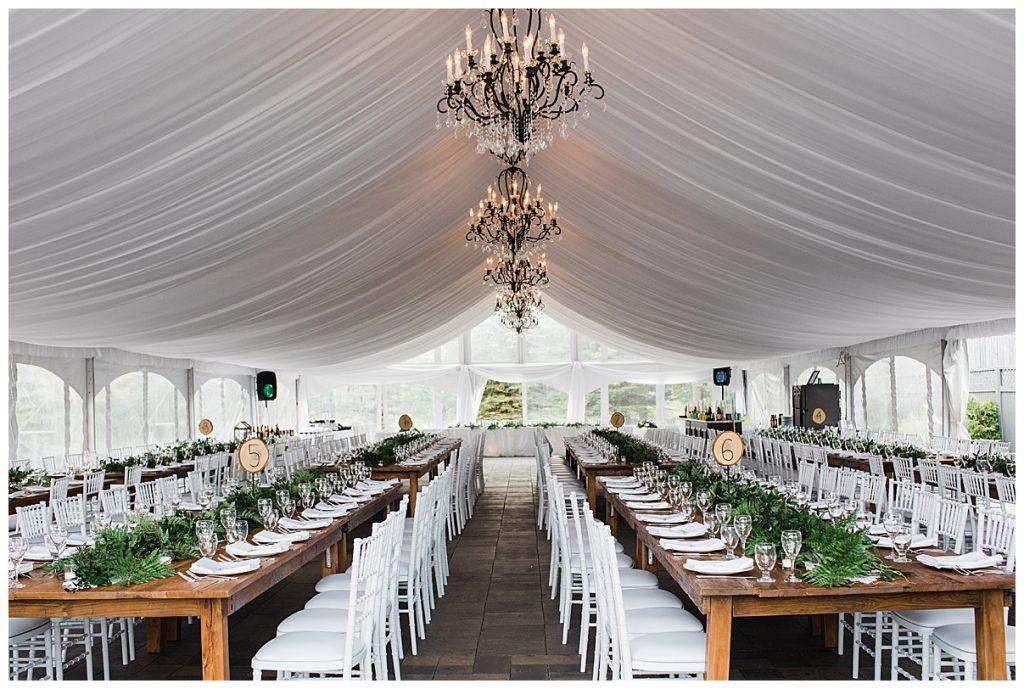 Tables & chandeliers under outdoor wedding tent| Belcroft Estate Wedding| Toronto wedding photographer| Ontario wedding photographer| 3photography