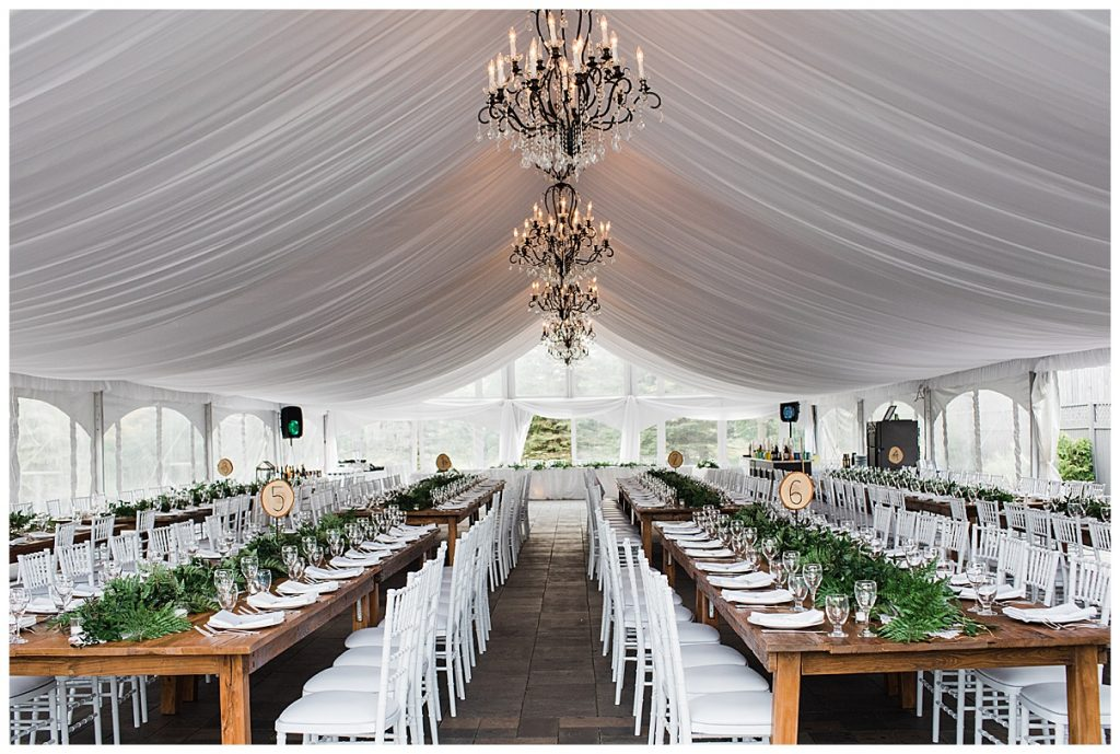 Tables & chandeliers under outdoor wedding tent| Belcroft Estate Wedding| Toronto wedding photographer| Ontario wedding photographer| 3photography
