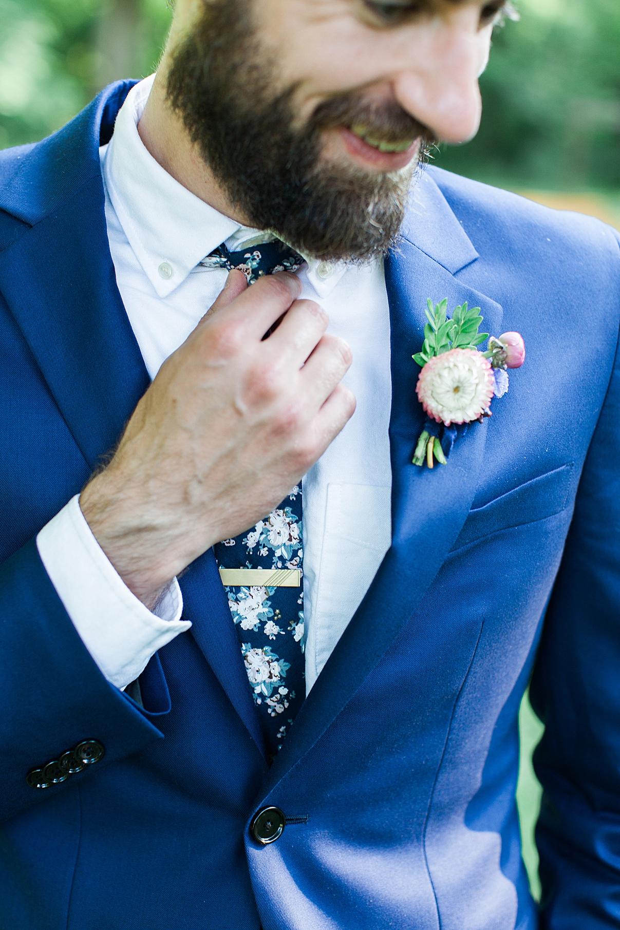 Vintage groom attire tie and boutonniere | Balls Falls, Ontario Wedding| Ontario Wedding Photographer| Toronto Wedding Photographer| 3Photography| 3photography.ca