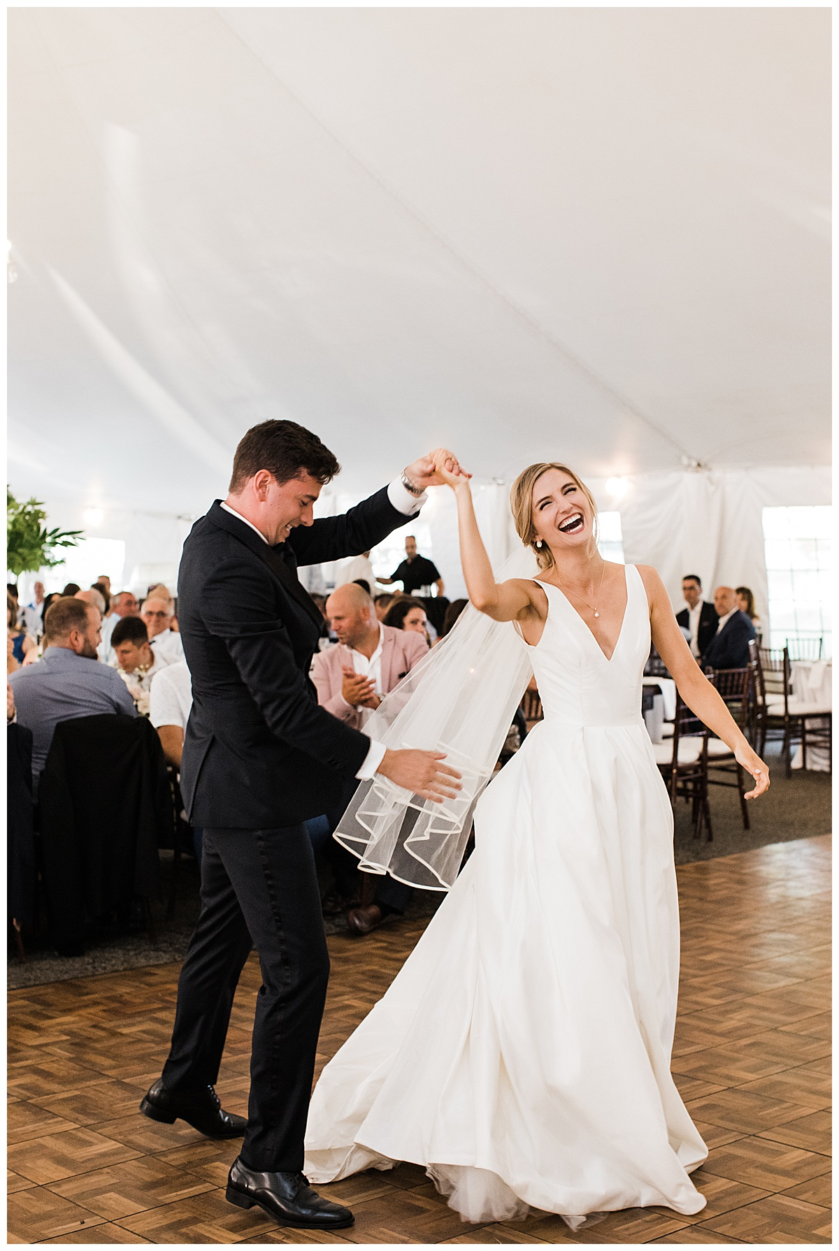 Bride and groom dancing and laughing on dance floor|Georgetown,  Ontario wedding| Toronto wedding photographer| 3photography