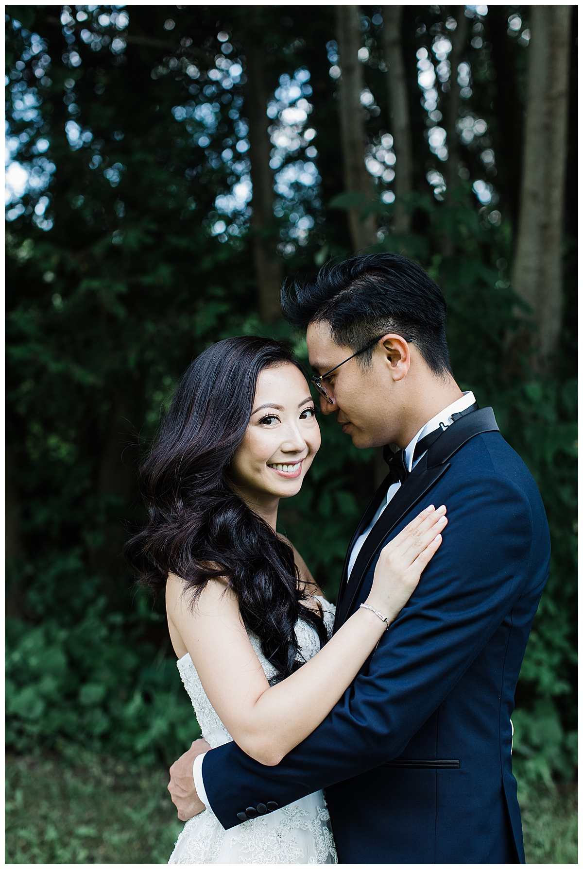 Bride and groom portrait| outdoor wedding portrait| Winery wedding| blue tux| Toronto photographer| 3photography