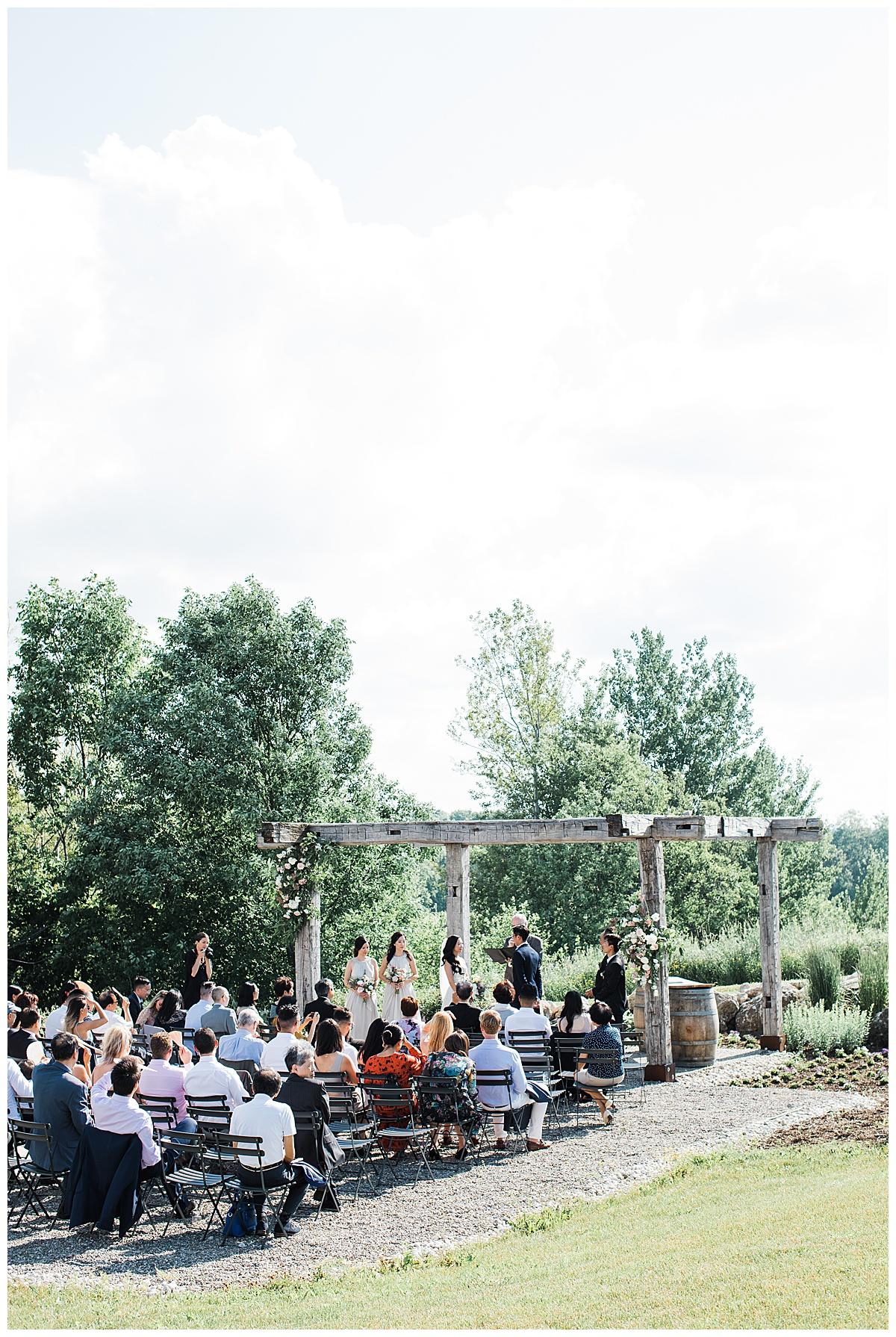 Wedding ceremony at winery| outdoor wedding| pergola wedding ceremony| Toronto photographer| 3photography